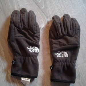 The North Face winter gloves.